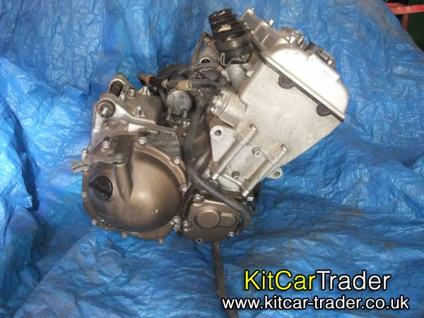 Kawasaki ZX9 low milage bike engine with carbs